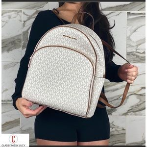 NWT Michael Kors Abbey Large Backpack